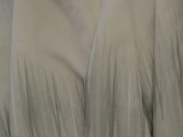 Tecido cortinas alinhado branco